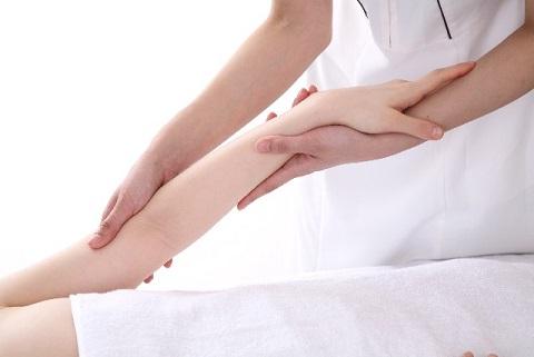 手足の脱毛エステ施術イメージ